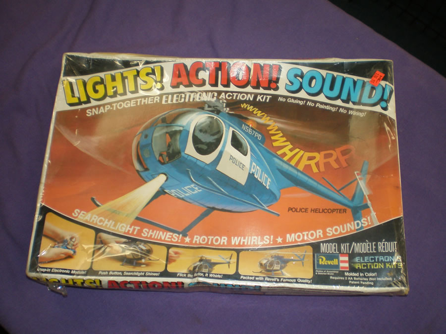1979 LIGHTS ACTIONS SOUNDS SNAP TOGETHER POLICE HELICOPTER # 800