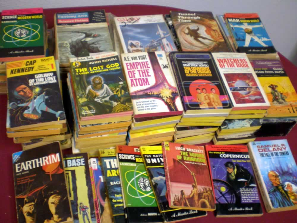 VINTAGE FANTASY/SCI-FI PAPERBACK LOT OF 20 # 20; 2.0 GD