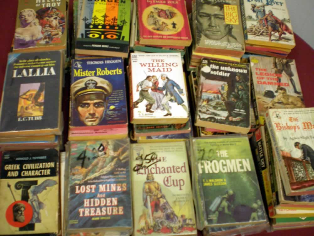 VINTAGE CLASSIC/ADVENTURE PAPERBACK LOT OF 25 # 25; 2.0 GD